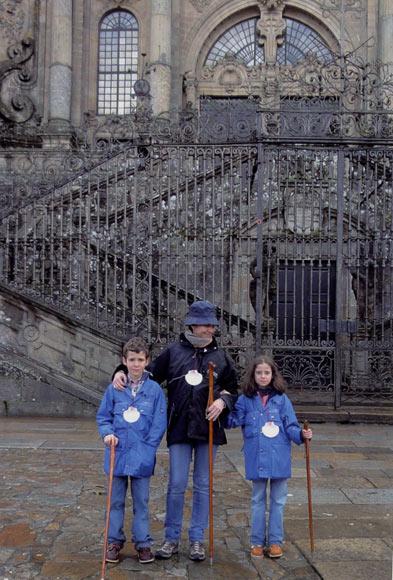 La infanta Elena y los Duques de Palma felicitan con sus hijos la Navidad