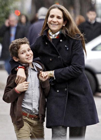 El mejor regalo de cumpleaños para la infanta Elena: la vuelta a casa de su hijo Felipe
