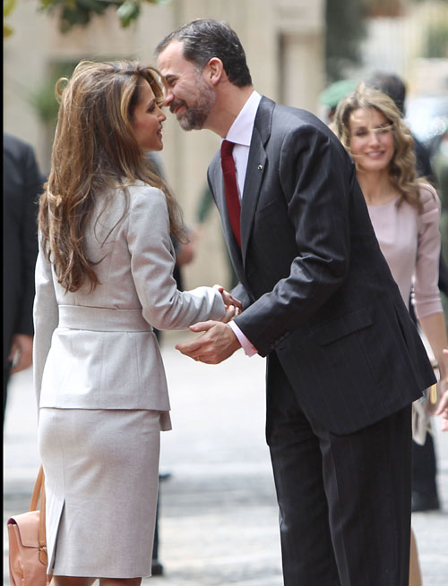 Rania de Jordania y la princesa Letizia, dos reinas de la elegancia frente a frente