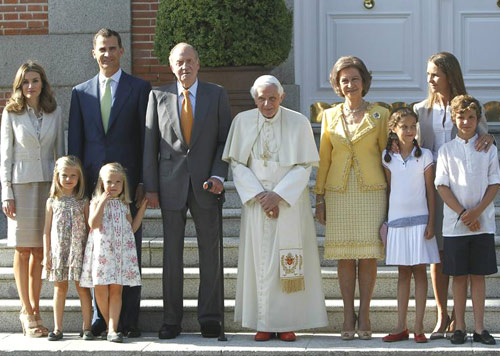 JMJ 2011: La Familia Real recibe a Benedicto XVI en el palacio de la Zarzuela