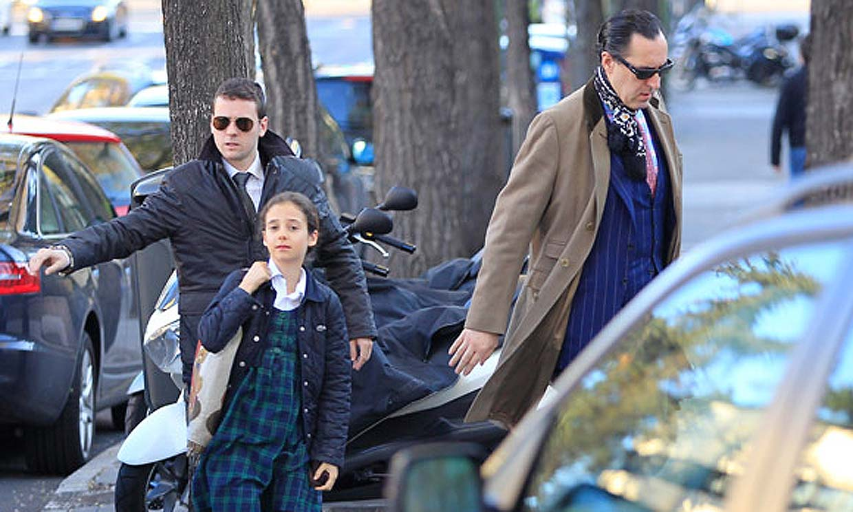 Jaime de Marichalar lleva a Victoria Federica al colegio tras el accidente de su hijo Felipe