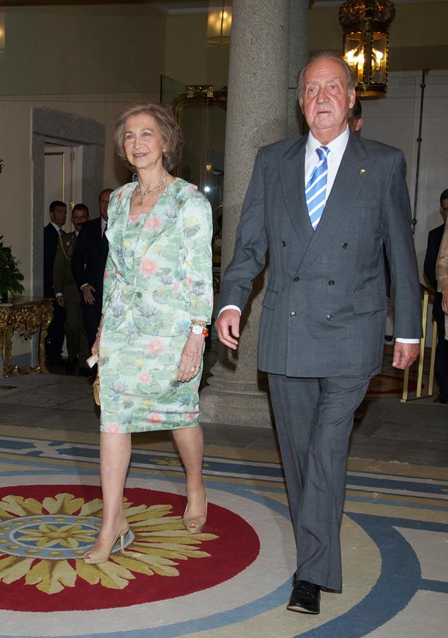 Doña Sofia y Don Juan Carlos Eo-reyes--a