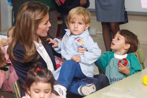 Felipe y Letizia Principes-curso-1-a
