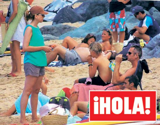 En la revista ¡HOLA!: Las fotografías exclusivas del adiós de la infanta Cristina a Barcelona