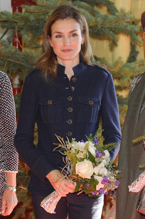 La reina y la princesa de asturias de compras en el for Casa de campo la reina