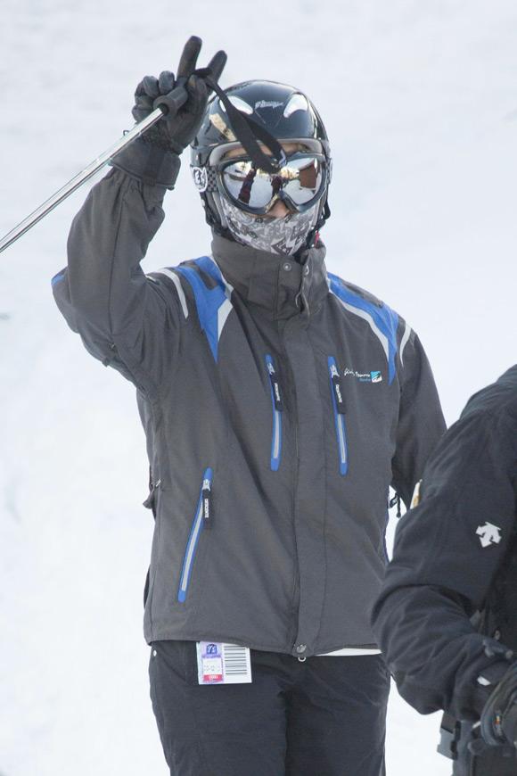 La infanta Elena y su hija Victoria Federica, expertas esquiadoras en Baqueira
