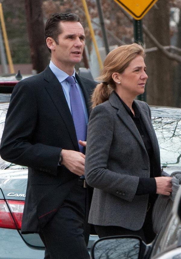 La infanta Cristina e Iñaki Urdangarin llegan a Barcelona para preparar la defensa