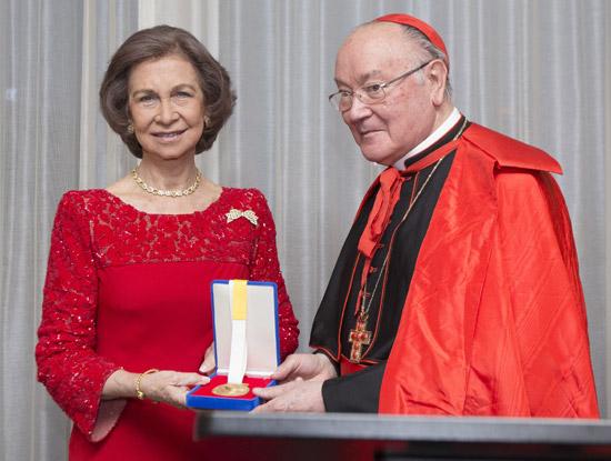 La Reina dedica el premio 'Path to Peace' a España, 'país al que estoy orgullosa de representar'
