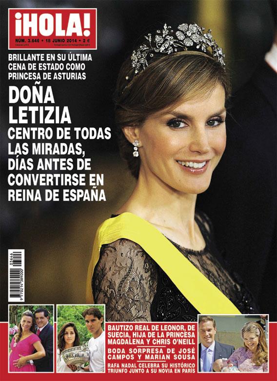 En ¡HOLA!: Doña Letizia, centro de todas las miradas días antes de convertirse en Reina de España