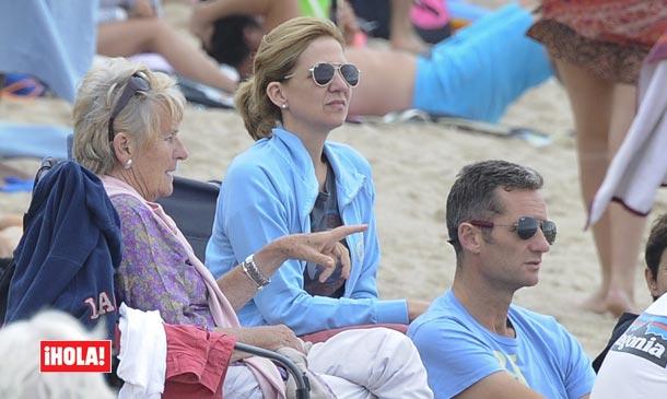 Exclusiva en ¡HOLA!, la infanta Cristina e Iñaki Urdangarin, vacaciones familiares en el sur de Francia