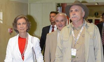 La reina Sofía asiste, en calidad de observadora, a una charla del Congreso Mundial de Prehistoria