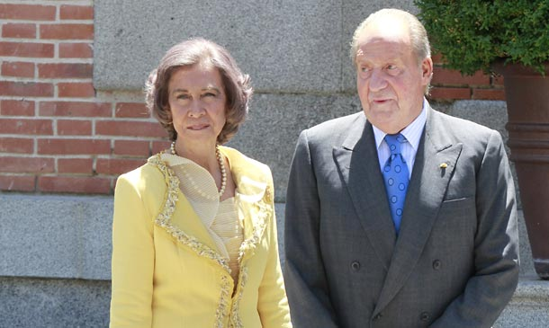 Los reyes Juan Carlos y Sofía desarrollarán actos 'puntuales y concretos', por encargo del Rey, dentro la agenda de la Familia Real