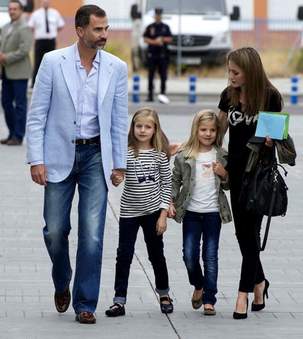 Un sábado en familia y con mucho 'sabor' para los Reyes y sus hijas