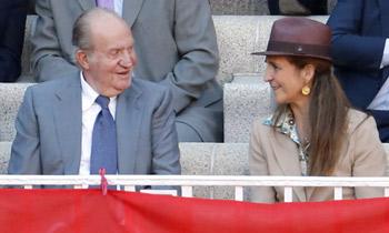 El rey Juan Carlos y la infanta Elena disfrutan juntos de la Feria de San Isidro
