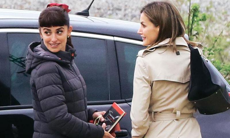 De Reina a 'Reina,' ¿qué le regaló doña Letizia a Penélope Cruz?