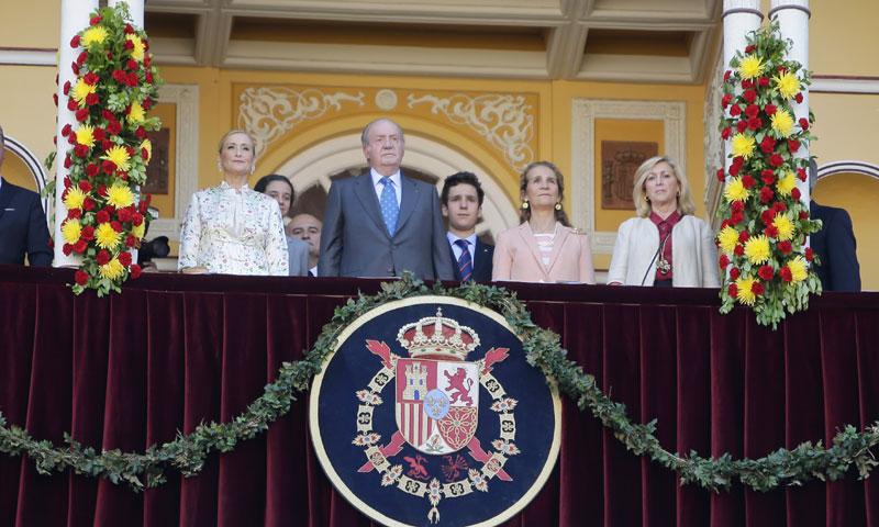 Felipe de Marichalar reaparece a su regreso a España acompañando al rey Juan Carlos