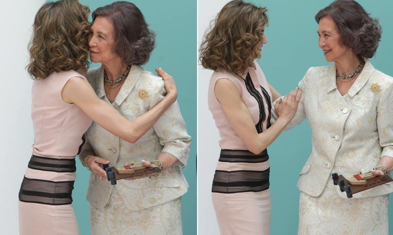 La reina Letizia rinde homenaje a la reina Sofía con mil y una demostraciones de cariño