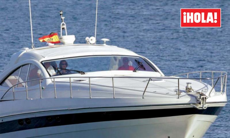 Una imagen inesperada: Don Juan Carlos y doña Sofía salieron a navegar juntos y en familia