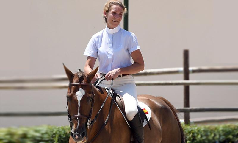 La infanta Elena recibe el alta tras su accidente de equitación