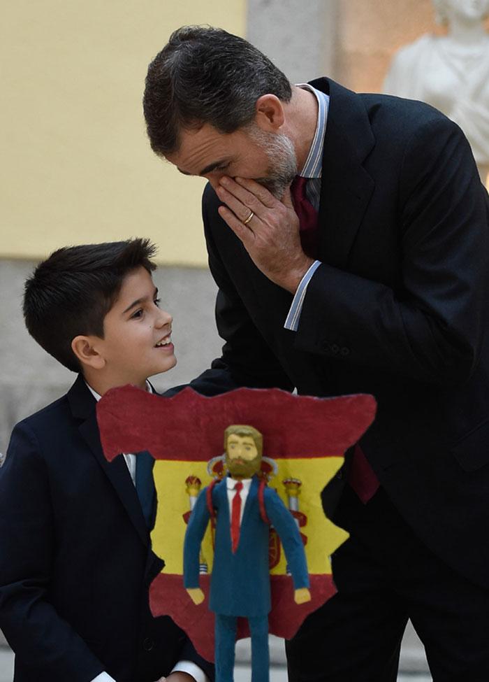===Así es mi Rey...=== - Página 3 Rey-felipe-3-z