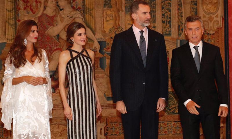 Antonia, la hija del Presidente y la Primera Dama de Argentina, una pequeña invitada en el Palacio del Pardo