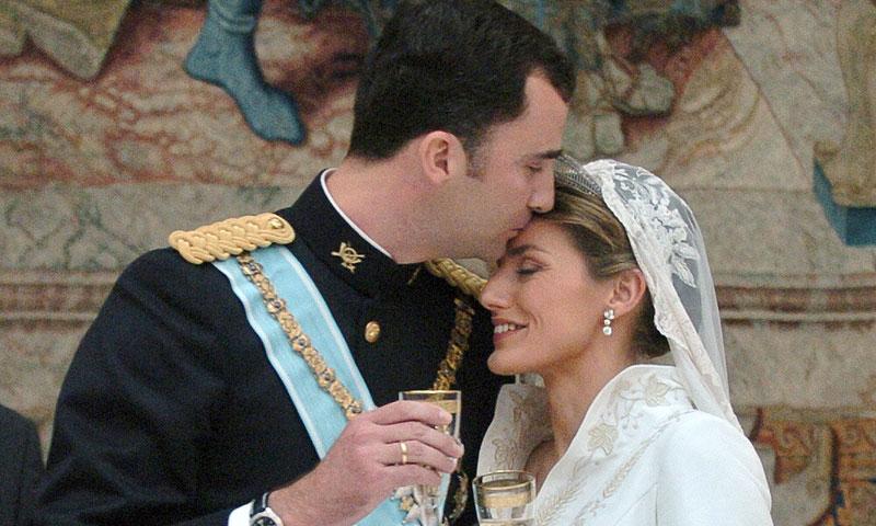 Los reyes Felipe y Letizia cumplen 13 años casados: así fueron sus anteriores aniversarios