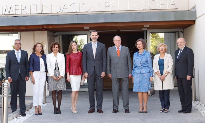 Los Reyes celebran su aniversario de boda con los reyes Juan Carlos y Sofía