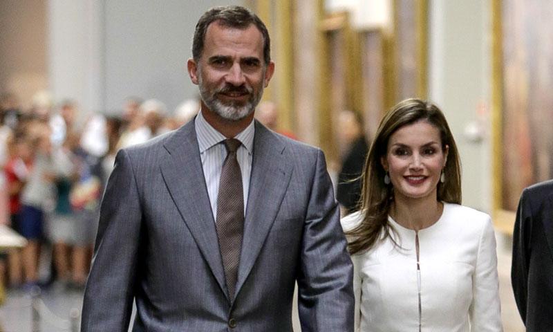 Rodeados de niños y de arte: así han celebrado sus tres años de reinado don Felipe y doña Letizia