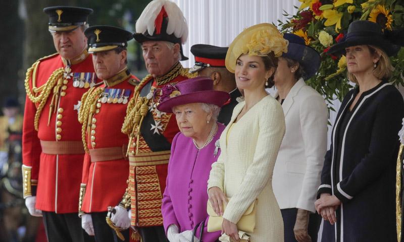En vídeo y al detalle, el espectacular recibimiento de los reyes Felipe y Letizia en Londres