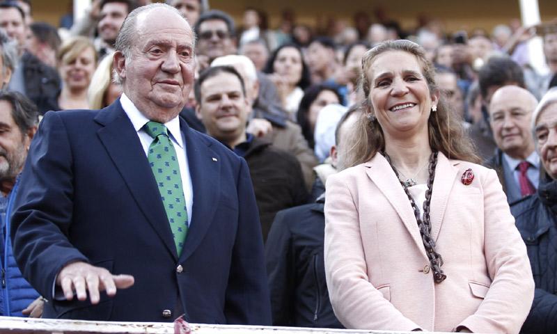 ¿Quién ha cocinado una paella para el rey Juan Carlos y la infanta Elena?
