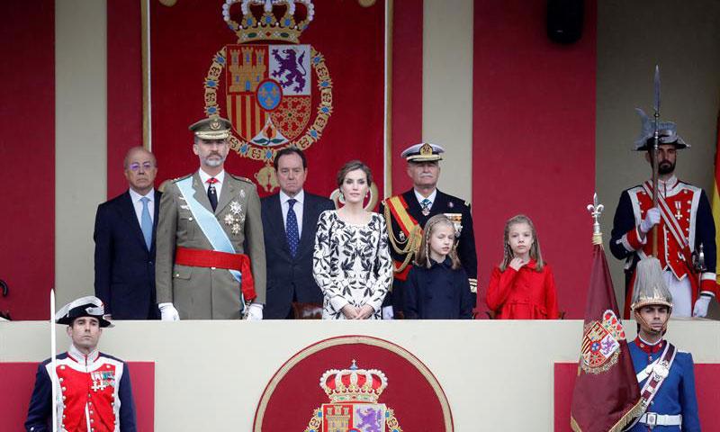 Los Reyes y sus hijas, protagonistas del acto central del Día de la Fiesta Nacional