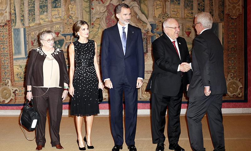 El Presidente de Israel y su mujer reciben a los Reyes en El Pardo