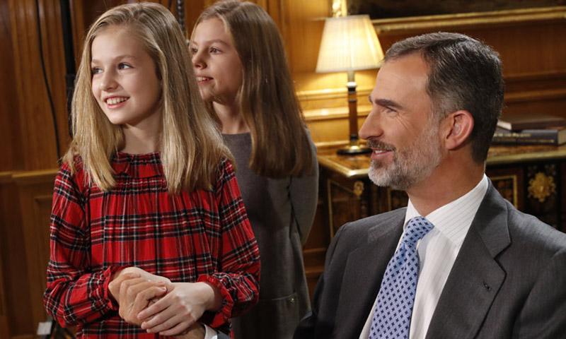 Felipe VI cumple 50 años: imágenes inéditas como jefe de Estado y padre de familia