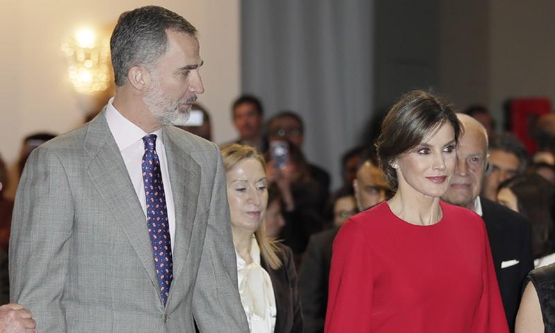 Los Reyes Felipe y Letizia inauguran ARCO en medio de la polémica