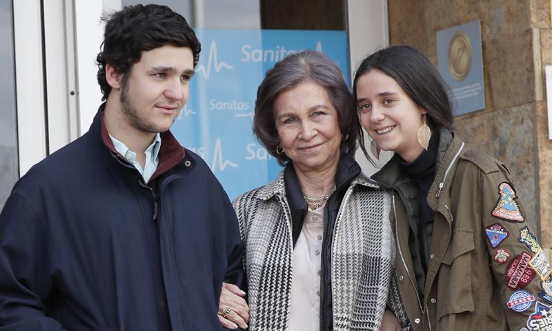 Felipe de Marichalar y Victoria Federica acuden al hospital a ver a don Juan Carlos