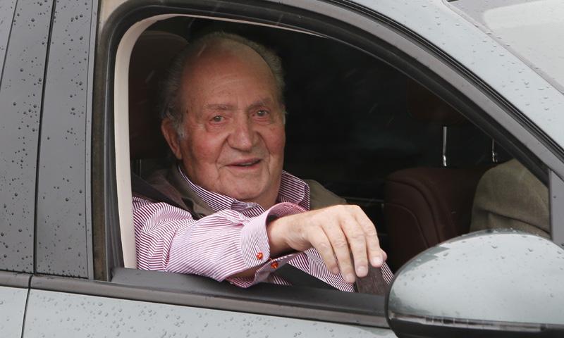 Don Juan Carlos recibe el alta hospitalaria