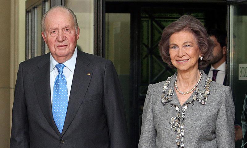Los reyes Juan Carlos y Sofía asistirán a la fiesta de cumpleaños del príncipe Carlos