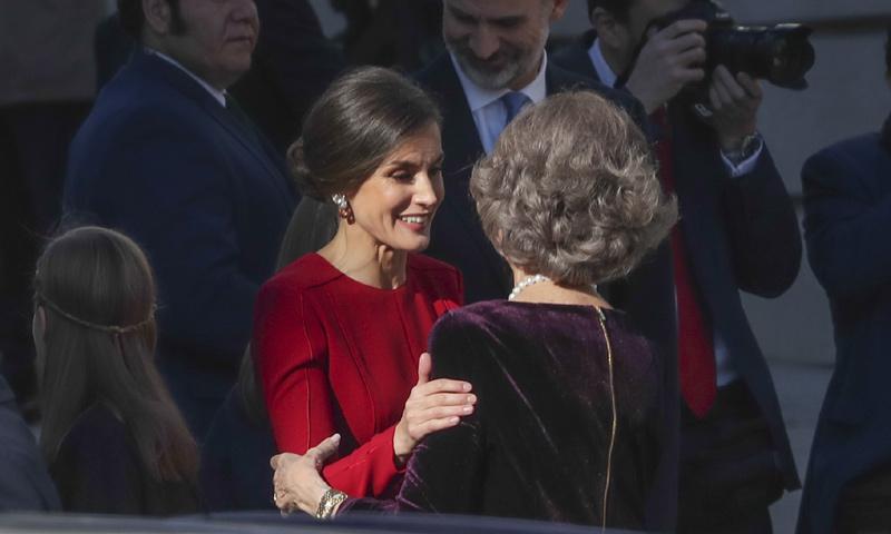 Detalle a detalle: las anécdotas, los gestos de cariño y los significativos homenajes de la familia real