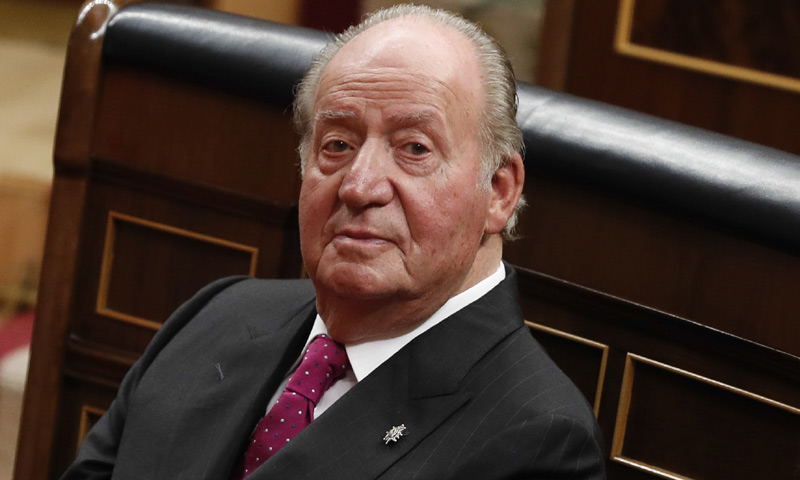 En ¡HOLA!, Don Juan Carlos: 'Echo mucho de menos a mi hermano Alfonso'