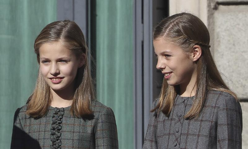 La princesa Leonor y la infanta Sofía tras los pasos de su abuela en la 'guerra' contra el plástico