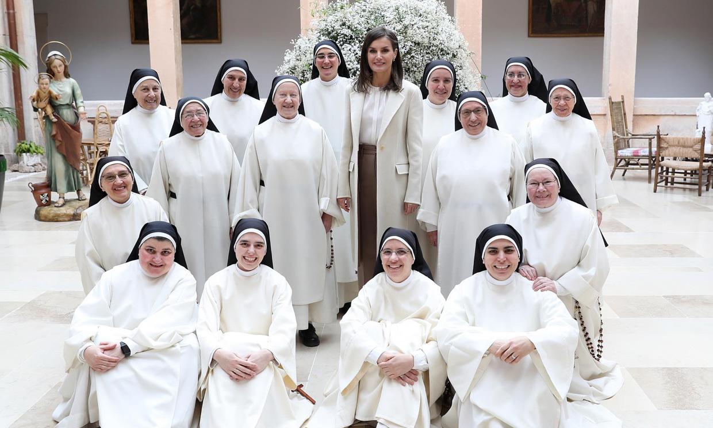 La Reina visita por sorpresa a las monjas dominicas de Lerma