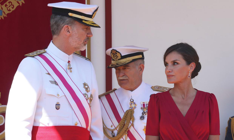 Los Reyes presiden en Sevilla el tradicional Día de las Fuerzas Armadas