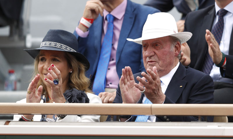 De los toros al tenis: don Juan Carlos apoya a Nadal en su primera aparición tras su retirada pública
