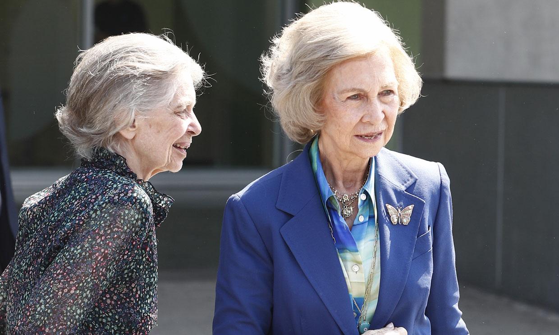 La reina Sofía asegura que ha visto muy bien al rey