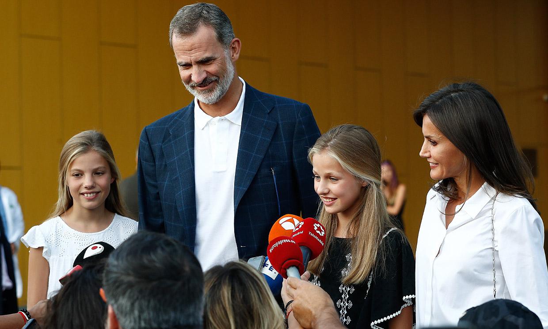 El 'regalo personal' de la princesa Leonor y la infanta Sofía a su abuelo Juan Carlos