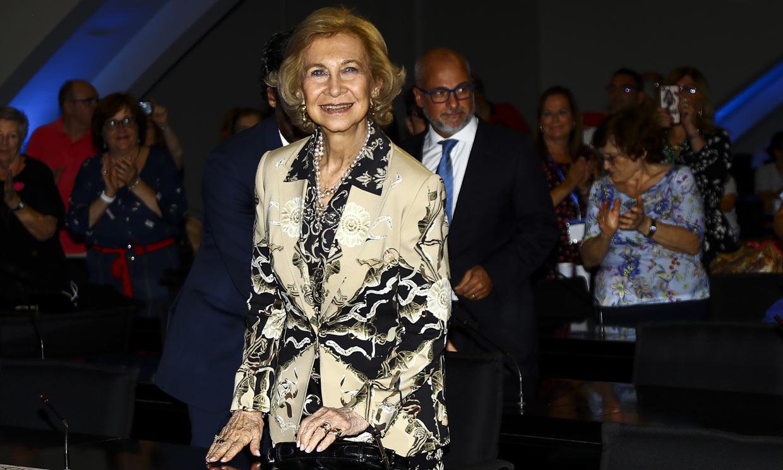 Doña Sofía, más radiante que nunca, sorprende en Valencia