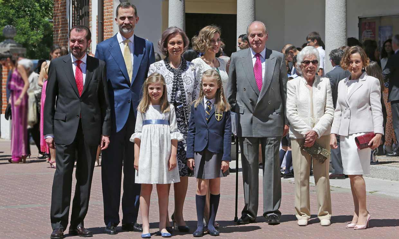 La reina Sofía y Paloma Rocasolano, el orgullo de dos abuelas en un momento histórico