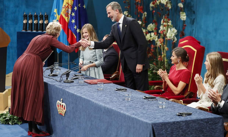 La Princesa de Asturias da un paso clave como heredera al debutar en los premios que llevan su nombre