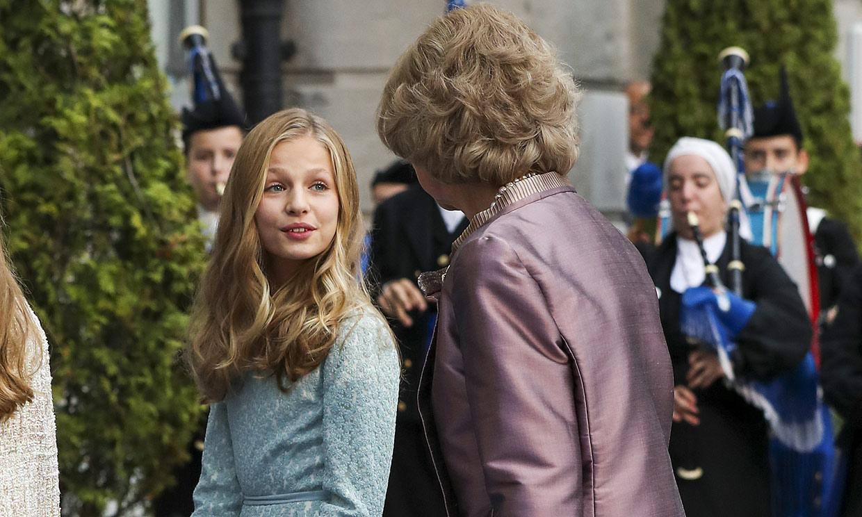 La reina Sofía y Paloma Rocasolano, dos orgullosas y emocionadas abuelas en los premios Princesa de Asturias