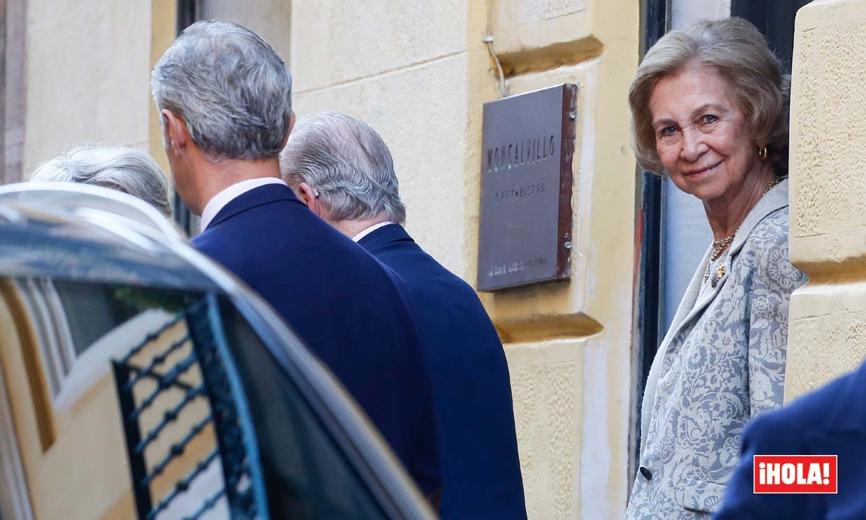 IMÁGENES EXCLUSIVAS: ¿Dónde estaban don Juan Carlos y doña Sofía mientras se producía la exhumación de Franco?